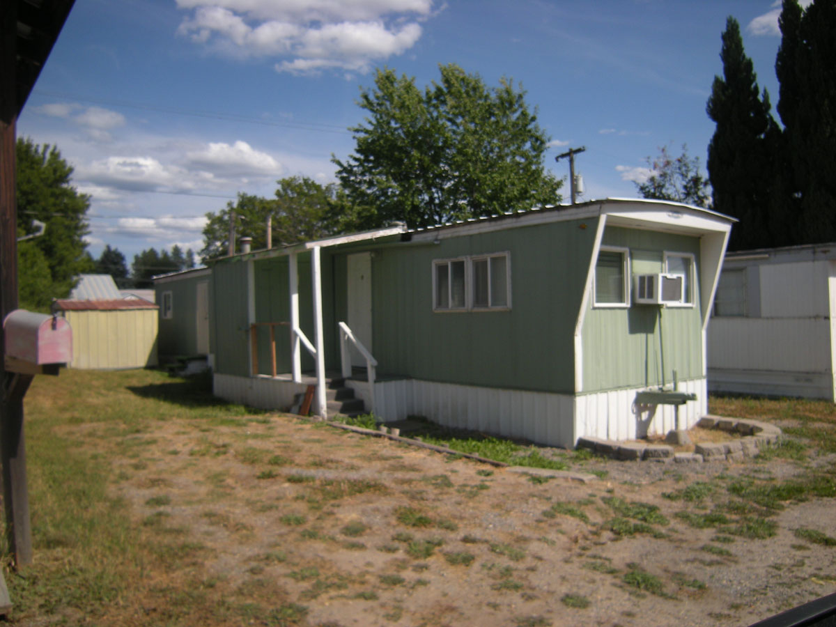Two Bedroom One Bath Mobile For Rent At The Kanisku Trailer Park Across The Street From The